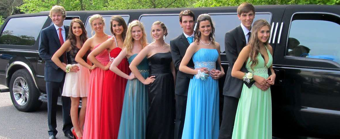 Rent a Limo to Enjoy a Night Out